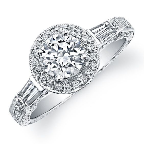 Top 4 Reasons People Opt for Diamond Wedding Rings